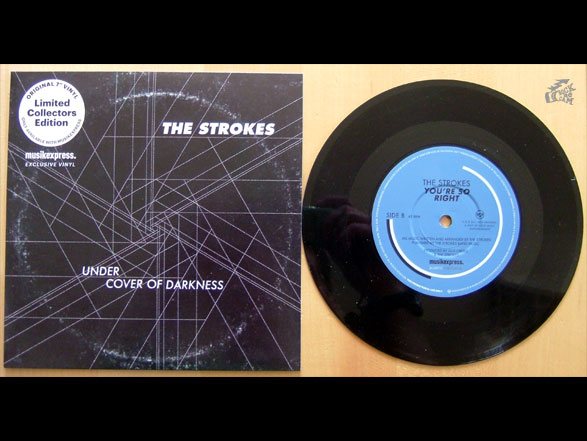 THE STROKES - Under Cover Of Darkness - Vinyl Beilage musikexpress